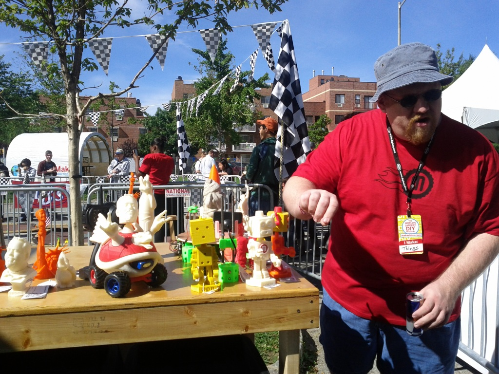 Tony Buser showing its 3D prints